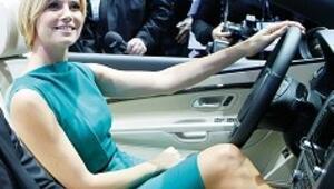Otomotiv, Hollywood'da şova çıktı 'ABD'de de kriz bitti' mesajı verdi