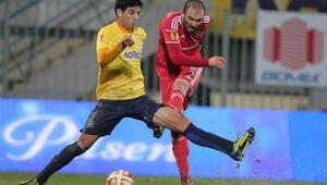 Asteras Tripolis 2 - 2 Beşiktaş | Demba Ba ve Gökhan Törenin golleri izle