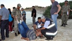 Yeğenlerini boğulmaktan kurtaran teyze canından oldu