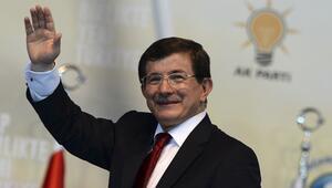 Davutoğlu AK Parti kongresinde konuştu