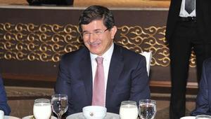 Cüneyd Zapsu Başbakanın onuruna yemek verdi