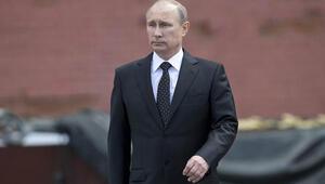 Putin, Ukrayna'ya asker gönderme yetkisinin iptalini istedi