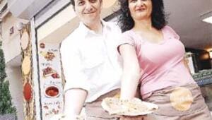 Fransa'da krep, Belçika'da waffle öğrendi, Cihangir'de pişiriyor