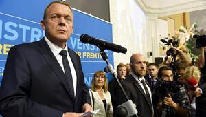 Danimarkada ülke yönetimi sağ partilere geçti, Schmidt istifa etti