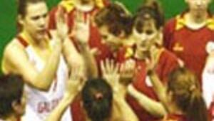 Galatasaray ikinci yarıda açıldı: 70-61