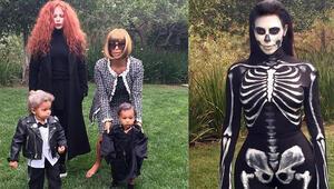 Kardashian Cadılar Bayramı için o editörün kılığına girdi
