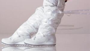 Çizmesiz kış geçmez