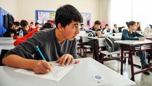Açık öğretim lise sınavları başladı