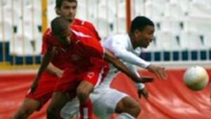 Beşiktaşın ilk hedefi Colin Kazım Richards
