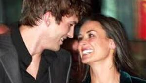 Demi ve Ashton Boşanma Anlaşmasına Vardılar