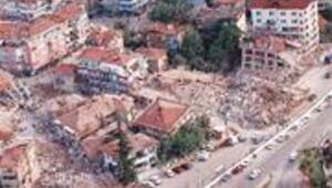 Depremde 15 canın bedeli 50 YTL oldu