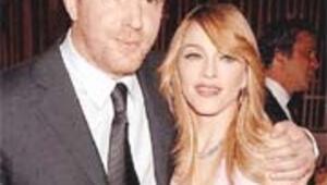 Madonna'dan eski kocaya 92 milyon $
