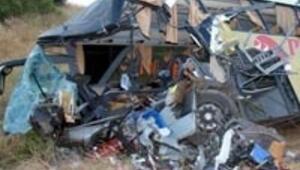 Otobüs uçuruma yuvarlandı: 5 ölü, 28 yaralı