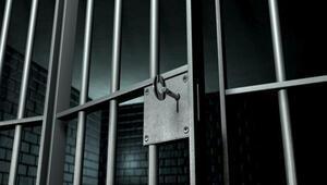 80 tutuklunun hücresi arandı