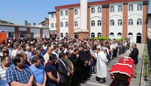Düşen uçaktaki Türk yolcunun cenaze namazı kılındı
