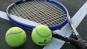 Bodrum tenise doydu