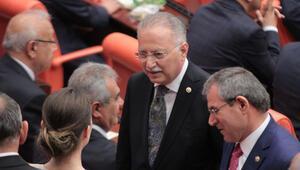 MHPnin Meclis Başkanı adayı Ekmeleddin İhsanoğlu oldu