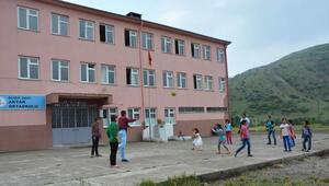 Köy okulu TEOG'da ilçe birincisi oldu
