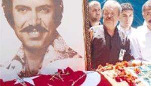 Türkülerin Çınar'ını gözyaşı seli aldı