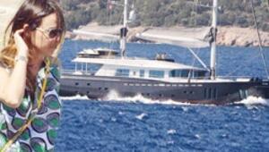 7 milyon euro'luk tekne denize indi