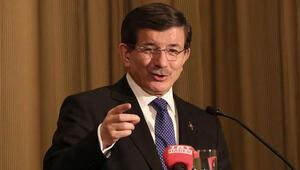 Davutoğlu: Hiç kimse Türkiyeden kriz ülkesi olarak bahsetmedi