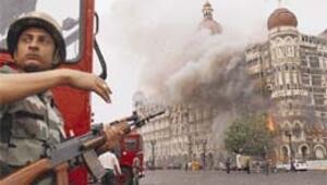 Mumbai'de bilanço 195 ölü, 295 yaralı