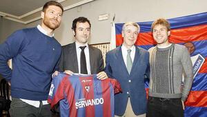 İlk kez La Ligaya yükseldiler ama...