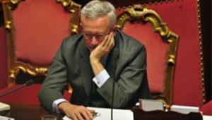 İtalyada yeni hükümet tartışmaları kızıştı