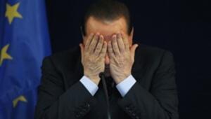 Berlusconi: Aday olmayacağım