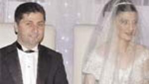 Adnan Ekmen'in oğlu Mustafa evlendi
