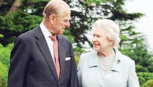 Prens, Kraliçe'nin soyadını istememiş