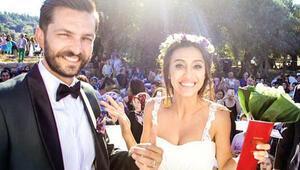 Teosta evlendiler