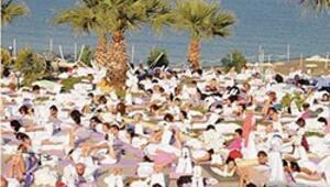Assosta yoga bayramı