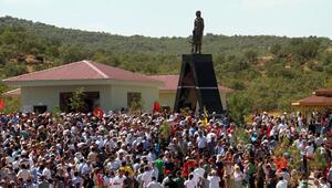 Licede Mahsum Korkmaz heykeli kaldırıldı, olaylar çıktı