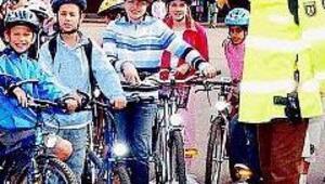 Kız çocuğuna bisiklet yasağı