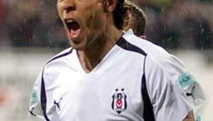 Carew yılın futbolcusu seçildi