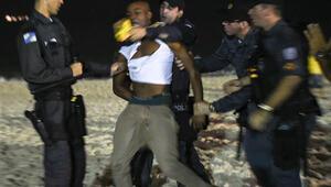 Rioda sokaklar karıştı, Frede saldırı