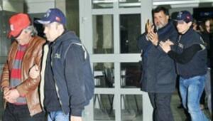 17 polisle Lazkiye'den aldılar
