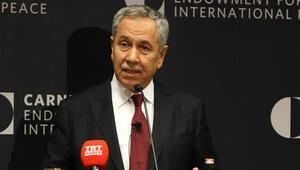 Bülent Arınç: Başbakan talebimi karşıladı, görevime devam ediyorum