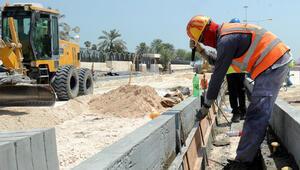 Katarda göçmen işçilere hayvan muamelesi yapılıyor