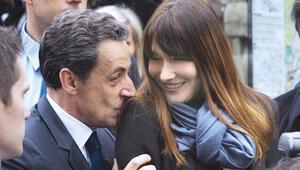Fransa'da yine 'dost'luk kazandı