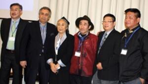 Uygur Ana'dan Çin'e karşı ortak cephe