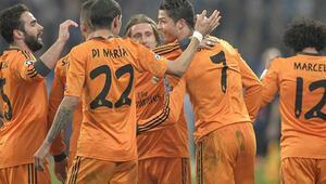 Real Madrid Schalke 05 yaptı