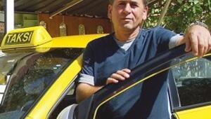 Milli Takım formalarını taksici yıkadı