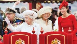 Kraliçe 12 bin kişiyle piknik yaptı