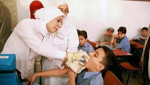 Suriyede aşı olan 20 çocuk öldü