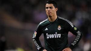 Ronaldonun 3 maç cezası değişmedi