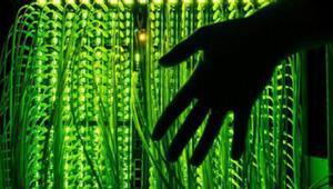 Maassen: Siber saldırının arkasında yabancı bir istihbarat örgütü olabilir