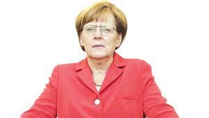 Merkel zirvede bırakmak istiyor