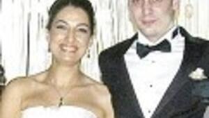 Sekiz şahitle evlendiler